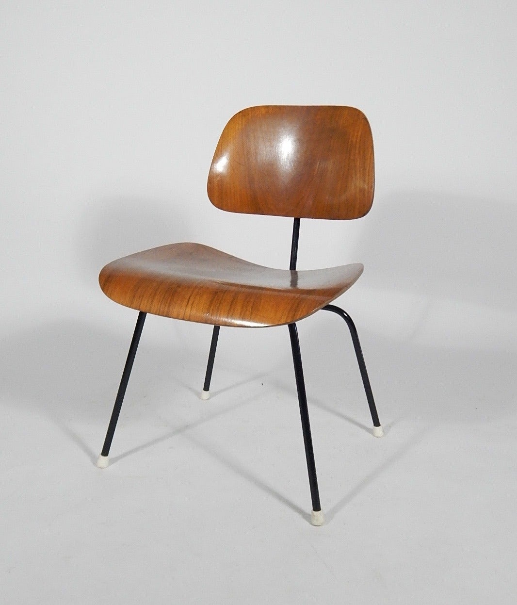 early charles and ray eames dcm chair 1950s at 1stdibs. Black Bedroom Furniture Sets. Home Design Ideas