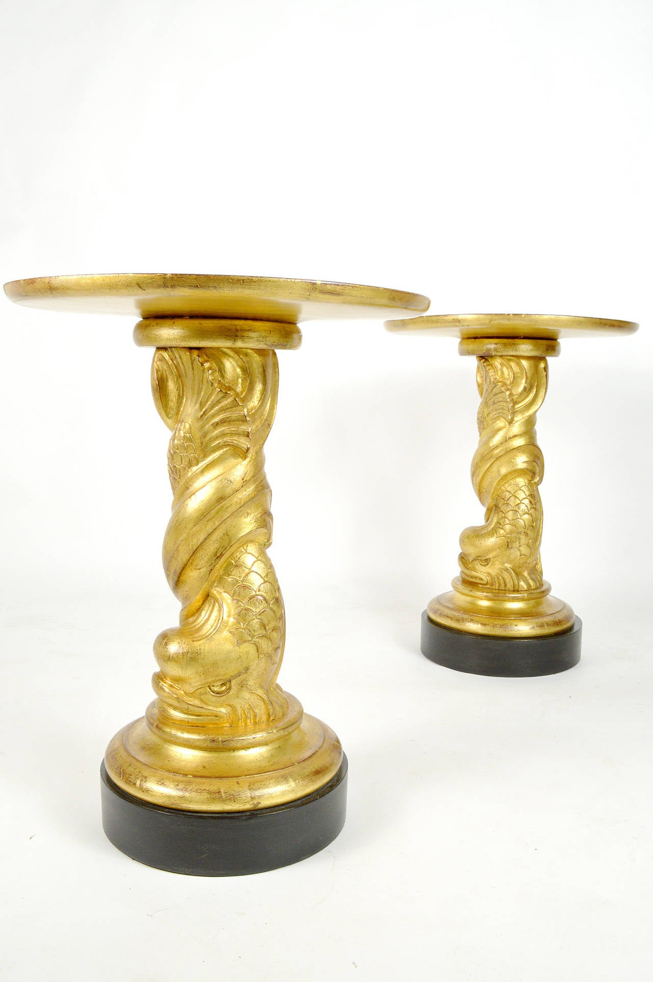 20th Century Hollywood Regency Style Pair of Carved Giltwood Side Tables For Sale