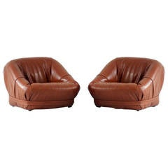 Set of Mid-Century Lounge Chairs