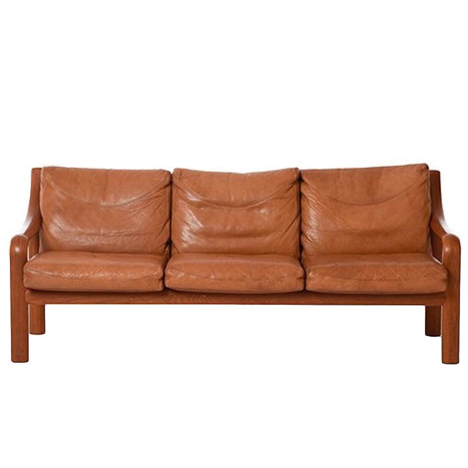 Scandinavian Modern Bentwood Sofa In Teak For Sale At 1stdibs