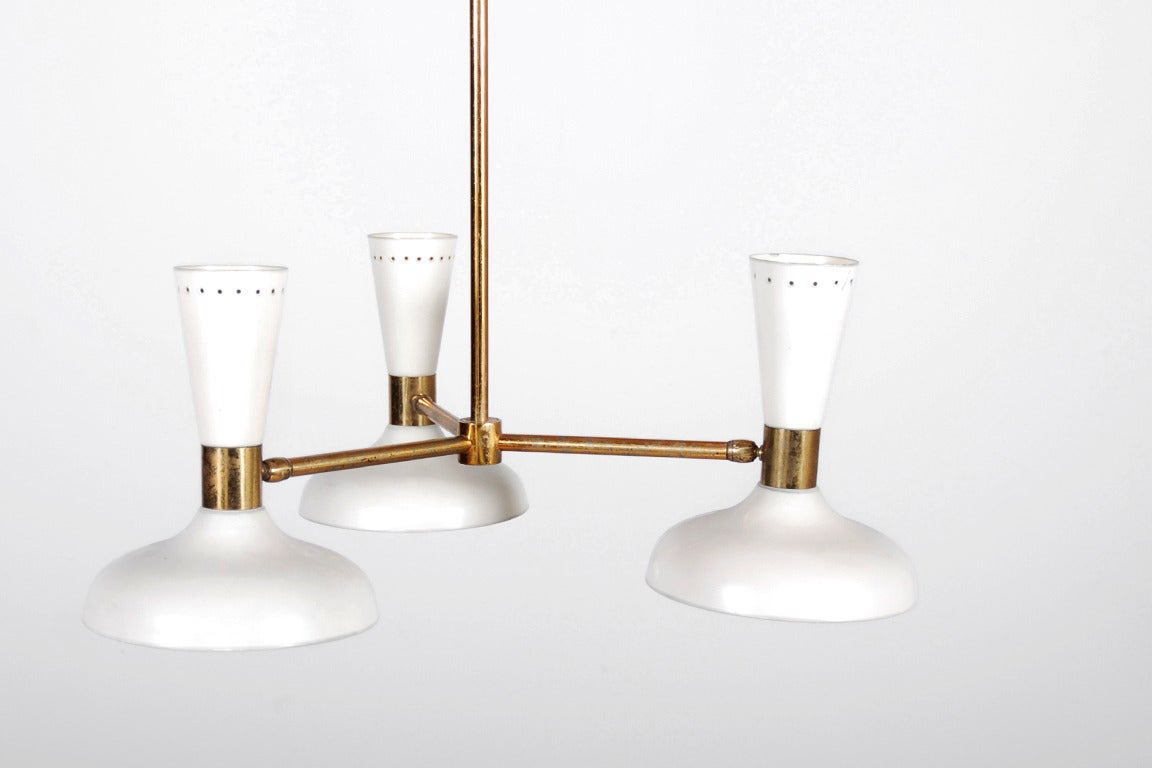 Mid-Century Modern Stilnovo Ceiling Lamp with Three White Lacquered Shades, 1950 For Sale