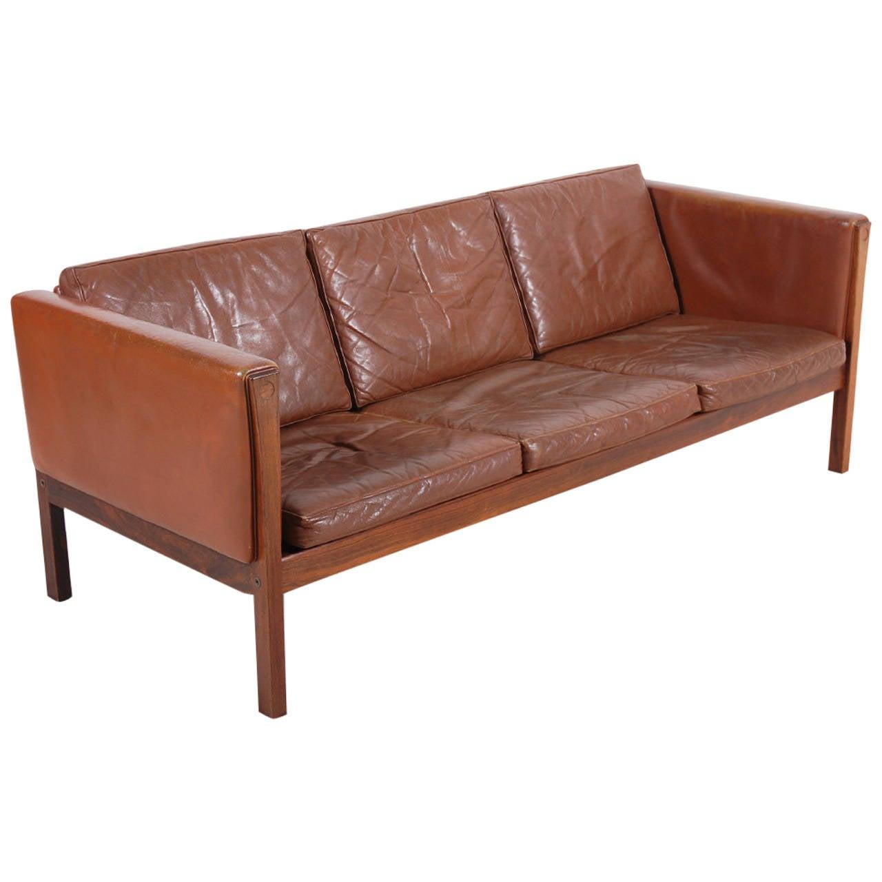 hans wegner ap 62 sofa for ap stolen 1960 at 1stdibs. Black Bedroom Furniture Sets. Home Design Ideas