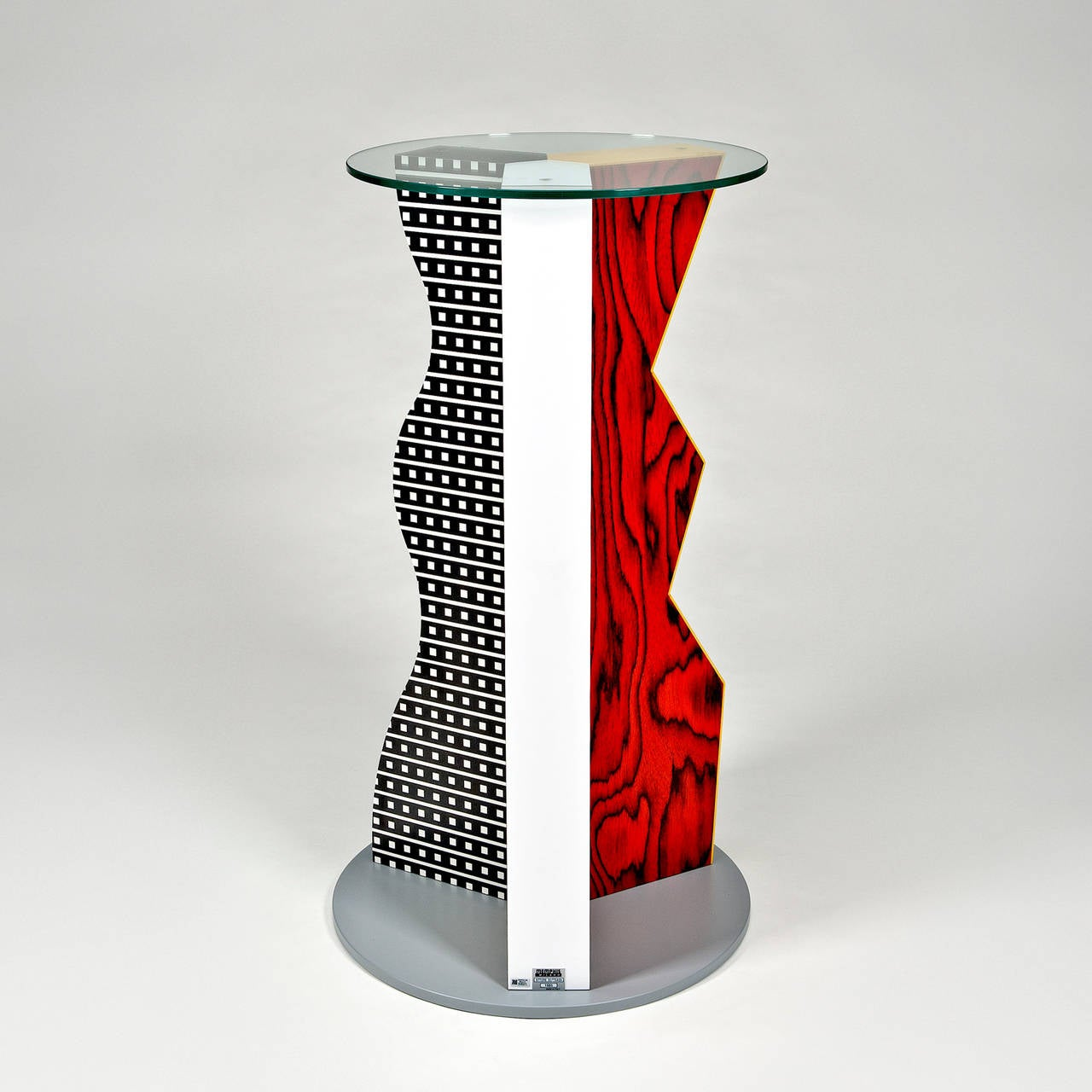 Ivory pedestal by ettore sottsass for memphis milano at for Memphis sottsass