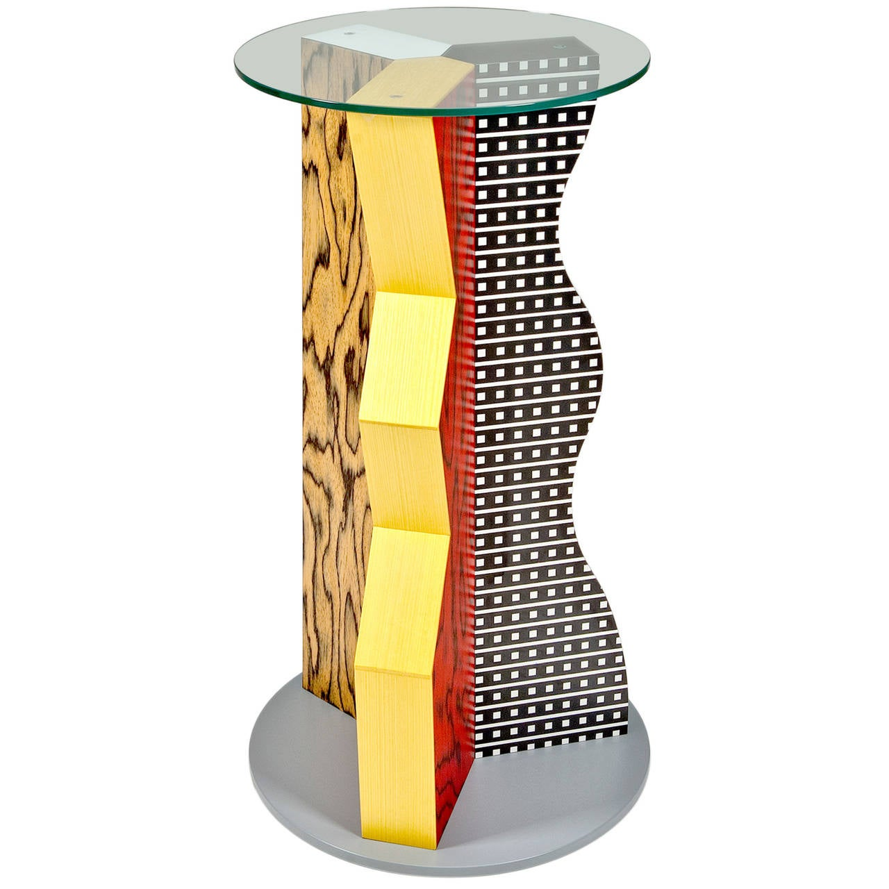 Ivory Pedestal by Ettore Sottsass for Memphis Milano at  : 3044032l from www.1stdibs.com size 1280 x 1280 jpeg 134kB