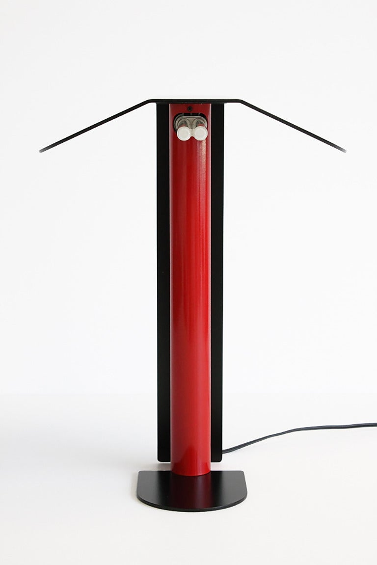 Modernist Italian Black And Red Metal Desk Lamp At 1stdibs
