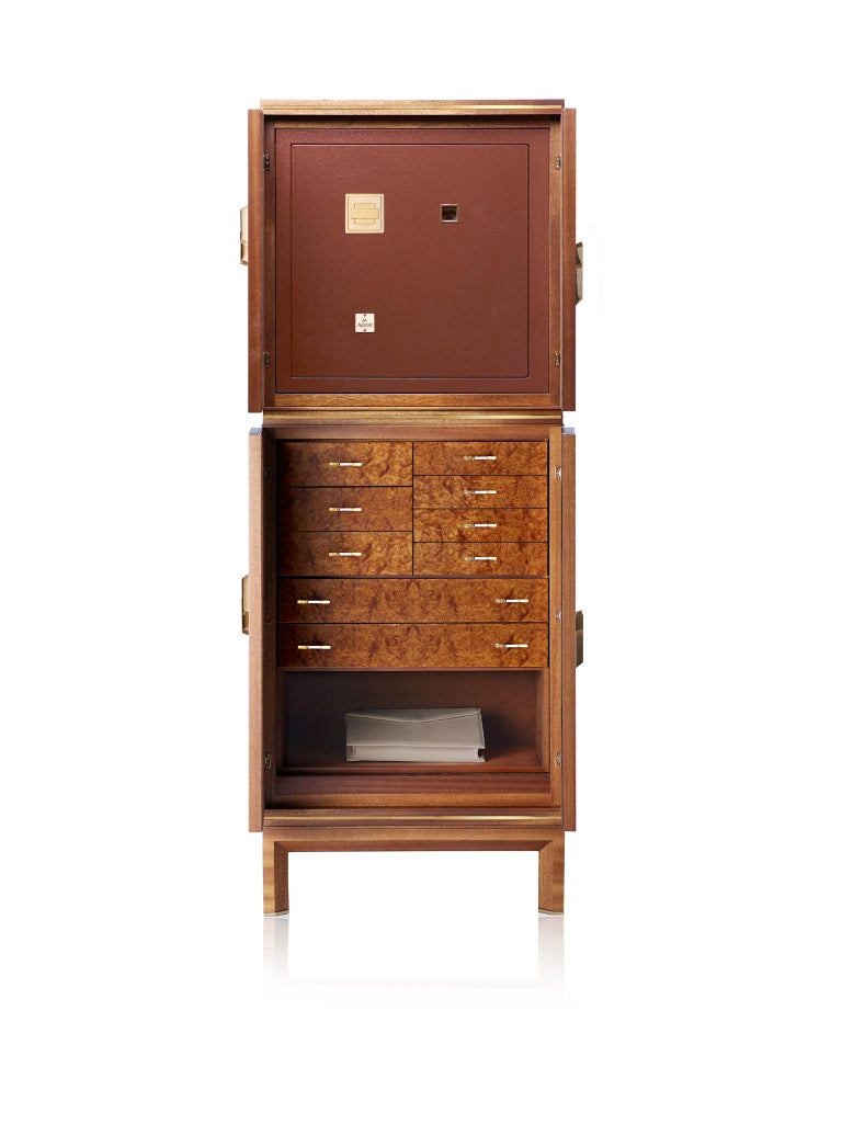 For Sale: Brown (Briar Wood) Agresti Magia Winder Jewelry Armoire