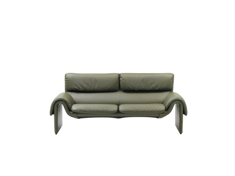 For Sale: Green (Olive) DS-2011 Bauhaus Leather Two-Seat Sofa by De Sede