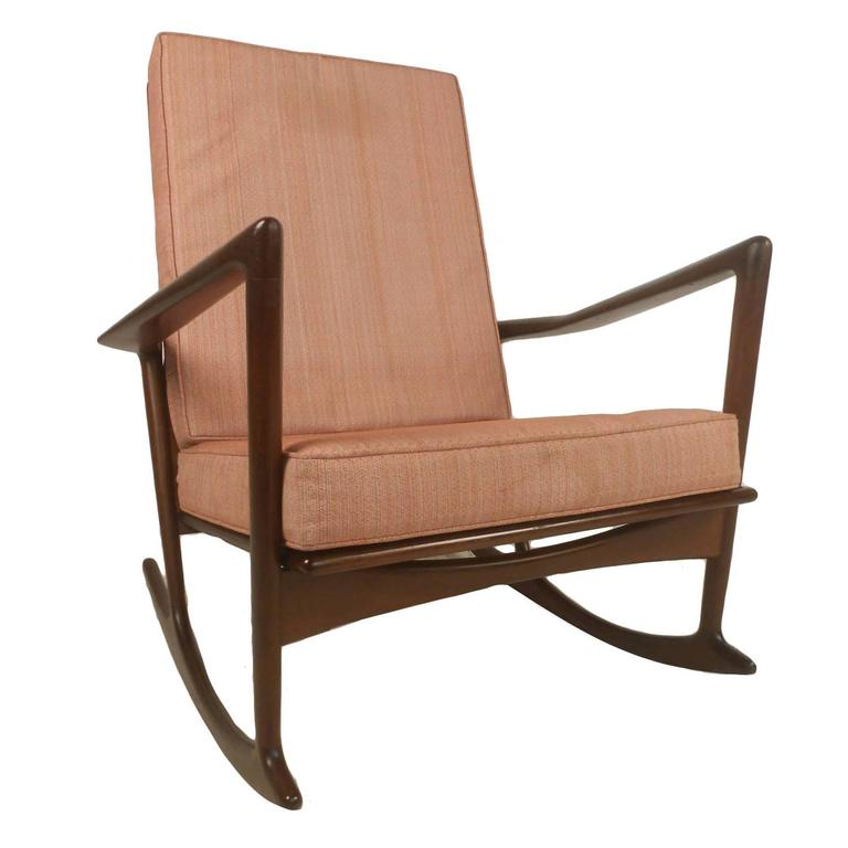 mid century modern danish rocking lounge chair for sale at 1stdibs. Black Bedroom Furniture Sets. Home Design Ideas