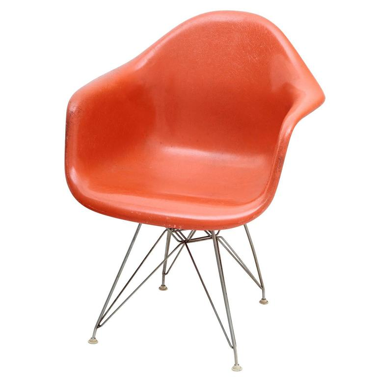 eames plastic armchair by vitra 1960s for sale at 1stdibs. Black Bedroom Furniture Sets. Home Design Ideas
