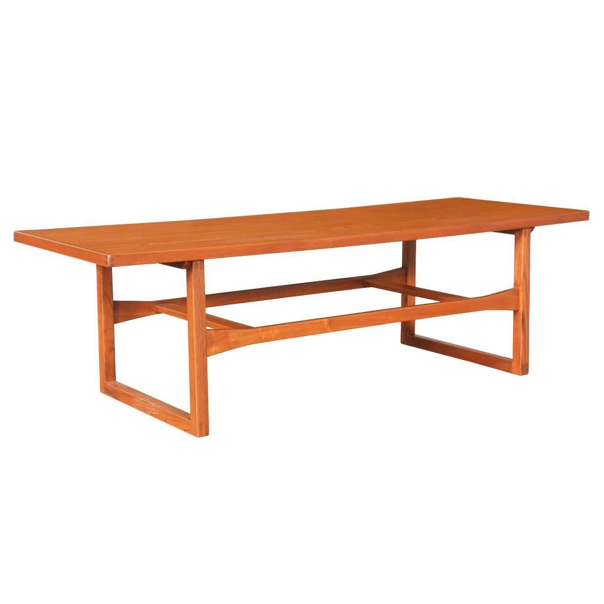 Danish modern teak coffee table by moreddi at 1stdibs Modern teak coffee table