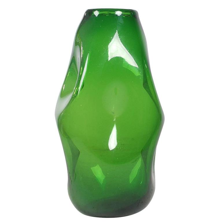 Mid-Century Modern Italian Green Art Glass Vase by Empoli after Murano