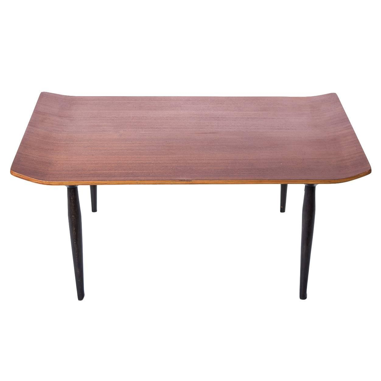 Low table t47 osvaldo borsani tecno at 1stdibs for Cocktail table 47