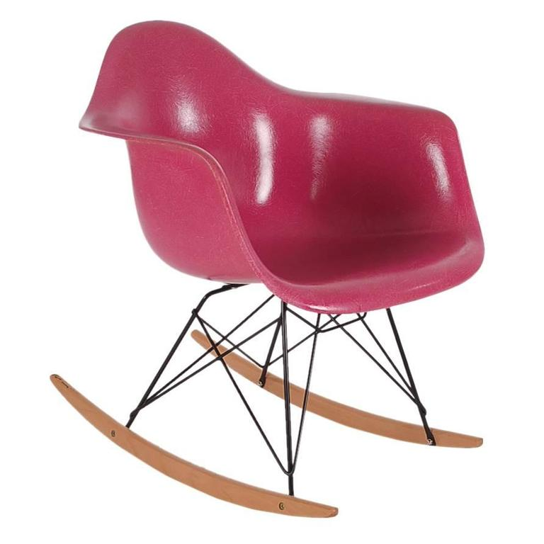 Rare Charles Eames For Herman Miller Hot Pink Fiberglass Lounge Rocking  Chair For Sale
