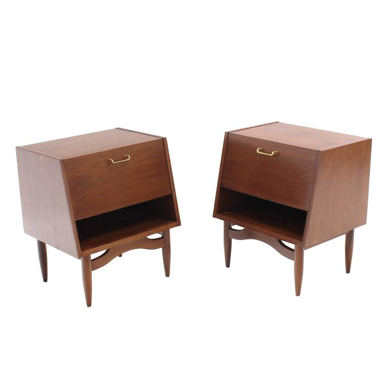 Pair of Walnut Nightstands with Brass Pulls