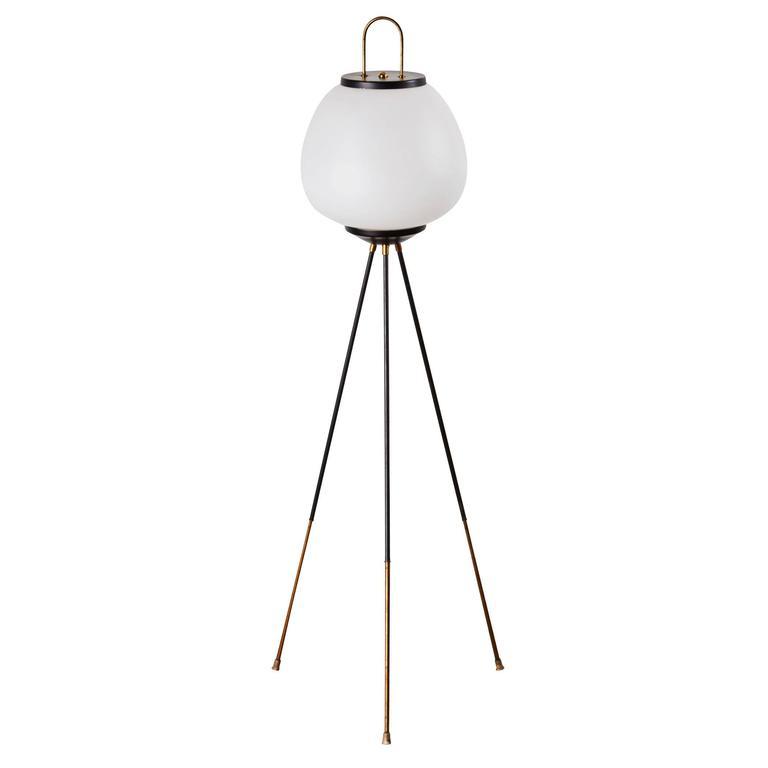 Tripod Floor Lamp by Stilnovo 1