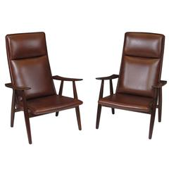 Hans Wegner Model 260 Lounge Chairs in Brown Leather