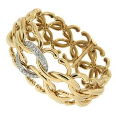 Diamond Gold Open and Closed Oval Link Bracelet