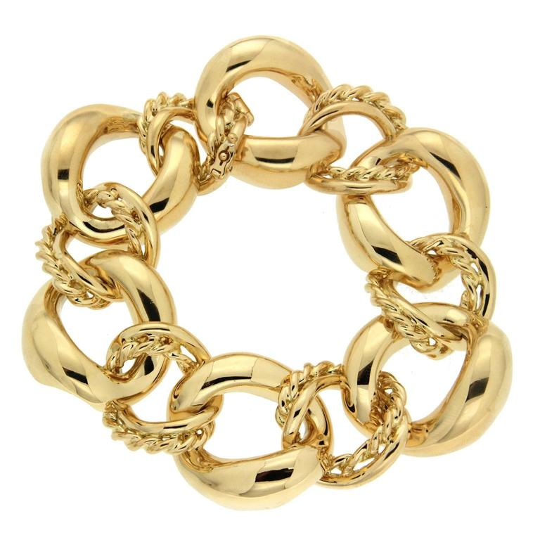 Twisted Wire and Oval Link Gold Bracelet