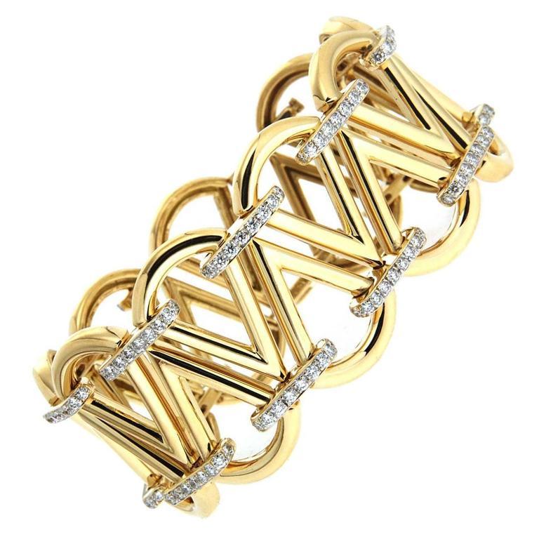 Cone Diamond Linked Bracelet - Elongated triangle motif