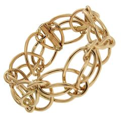 Looping Ring Gold Bracelet