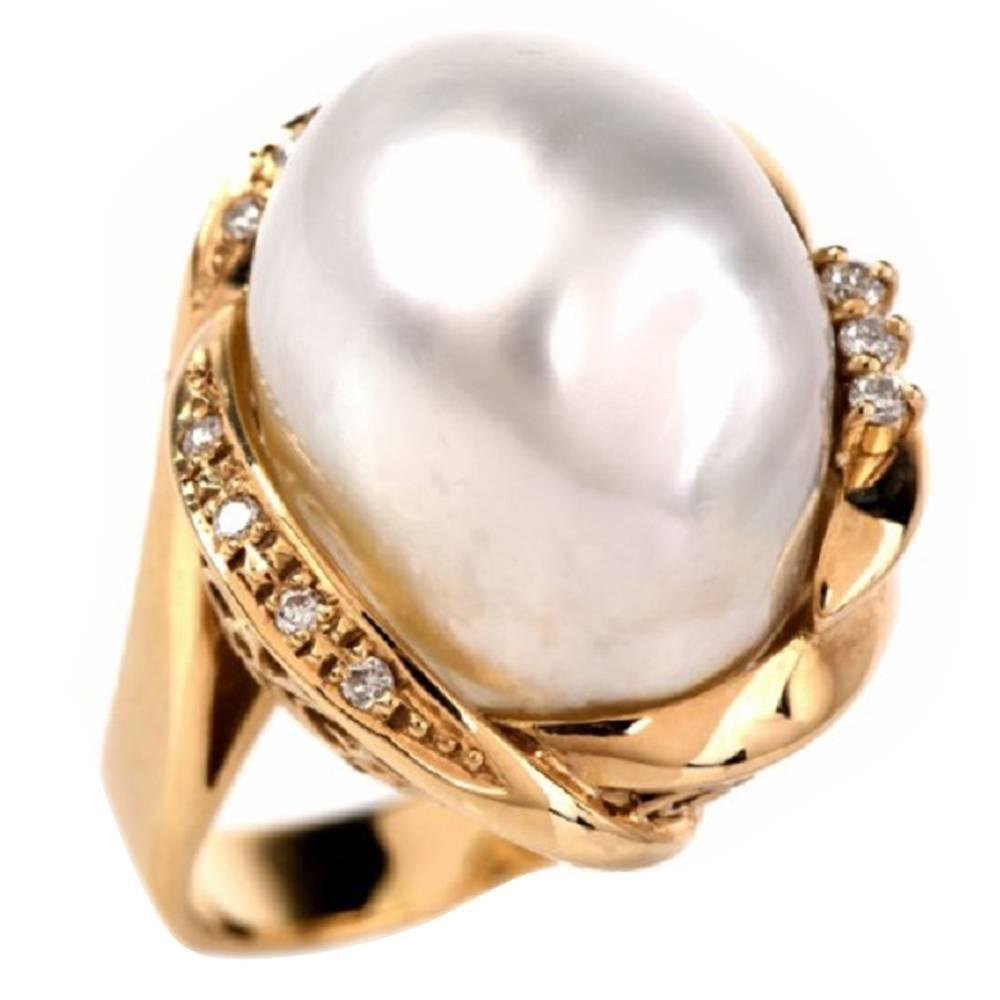 Baroque pearl ring : Large baroque pearl diamond gold cocktail ring at stdibs