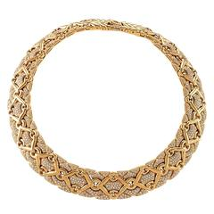 Bulgari Late 20th Century Diamond Gold Trika Necklace