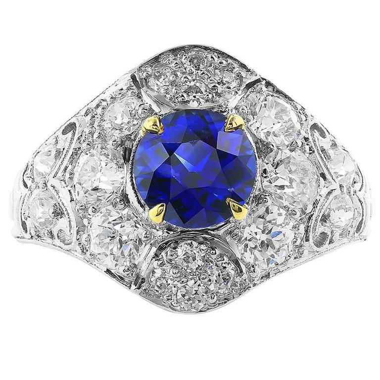 1.32 Carat Sapphire Diamond platinum Ring For Sale