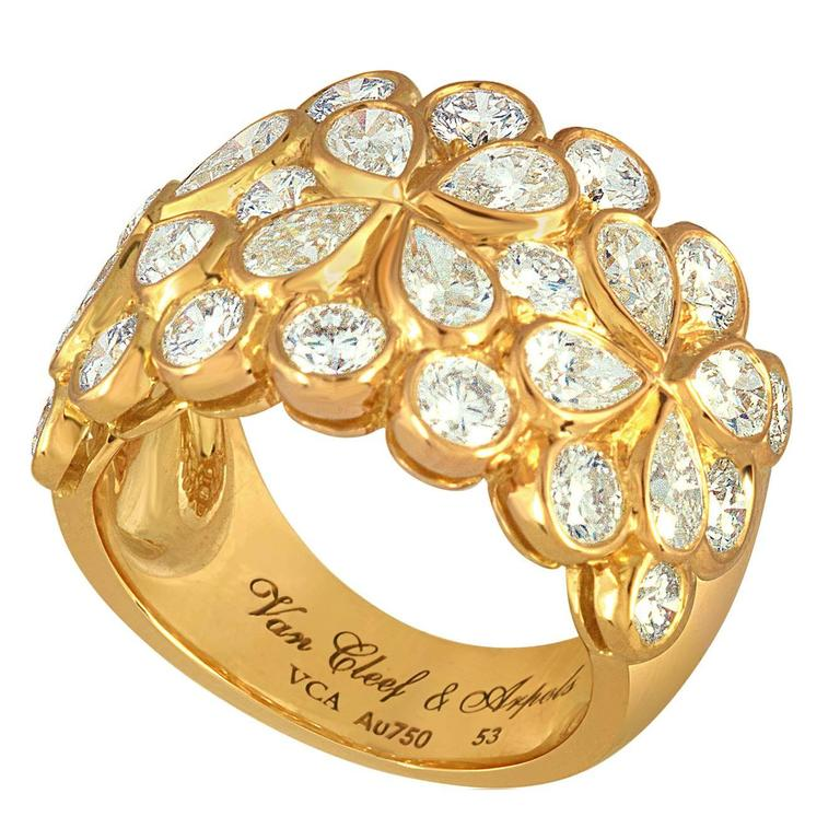 """Van Cleef & Arpels """"Rosee"""" 4.25 Carats Diamond Gold Floral Band Ring For Sale"""