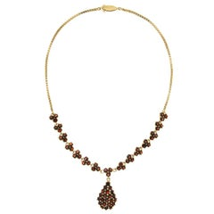 Red Garnet 18 Kt Yellow Gold Choker Necklace