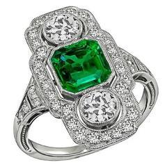Enticing Art Deco Emerald Diamond Ring