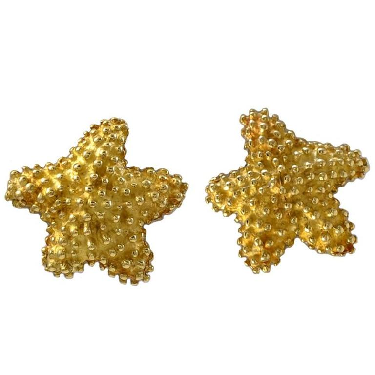 c17388178 TIFFANY and CO. Gold Starfish Earrings at 1stdibs