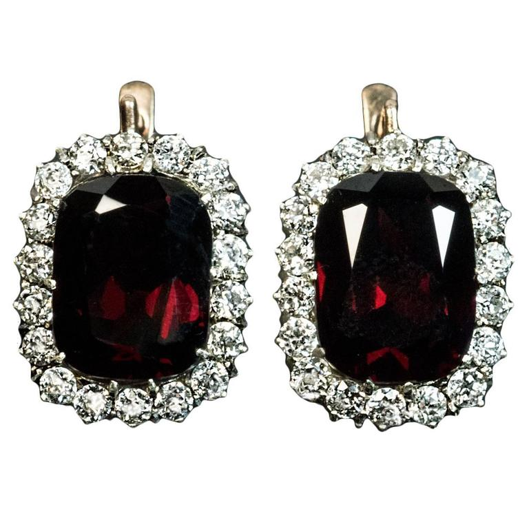 Antique Garnet Diamond Gold Cluster Earrings For Sale