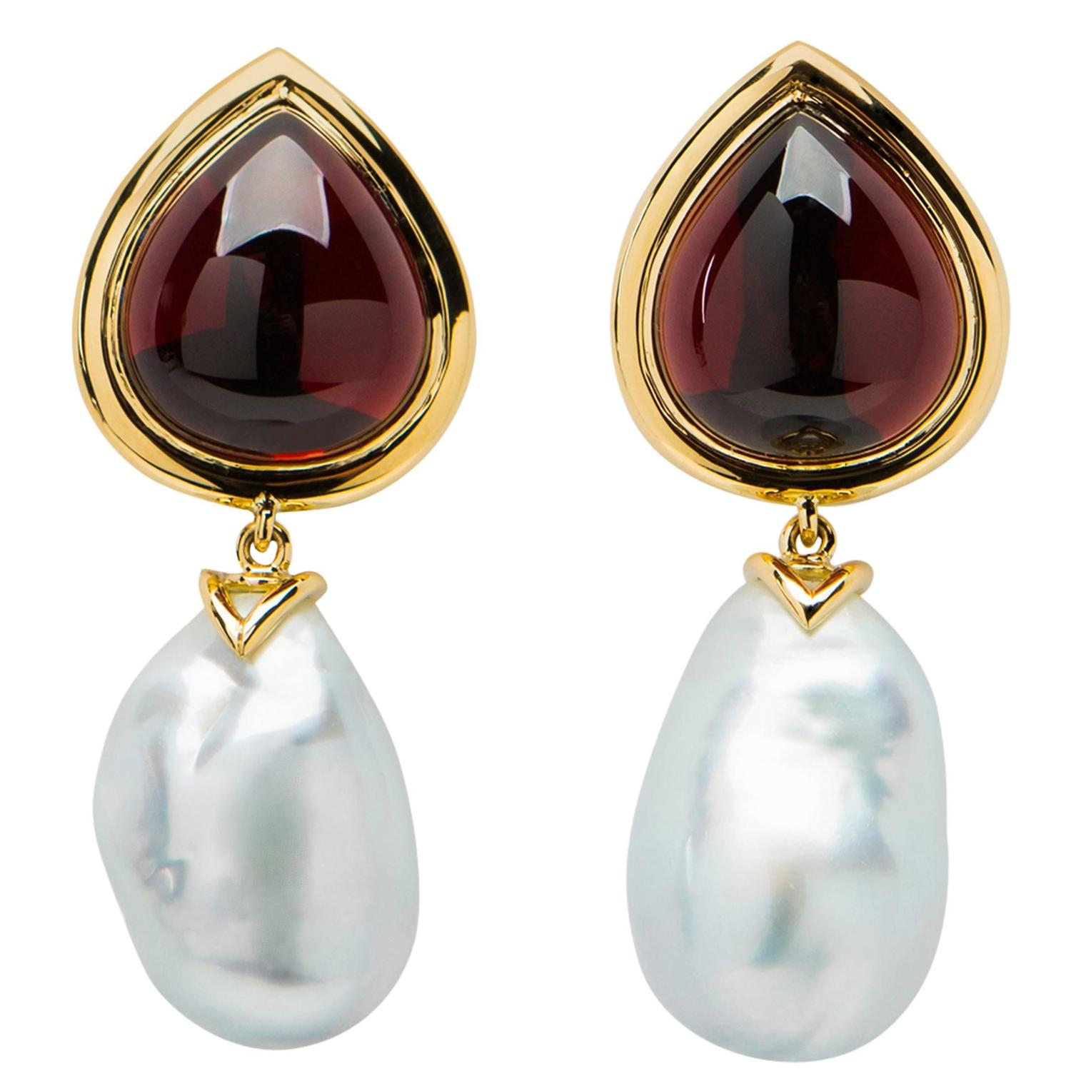 Important Garnet South Sea Baroque Pearl Yellow Gold Drop Earrings