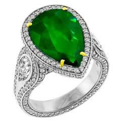 Stunning 3.72 Carat Emerald Diamond Gold Ring