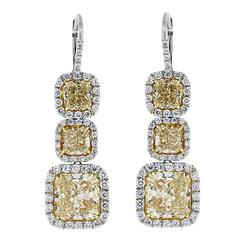 14.96 Carats Fancy Yellow Diamond Gold Platinum Dangle Earrings