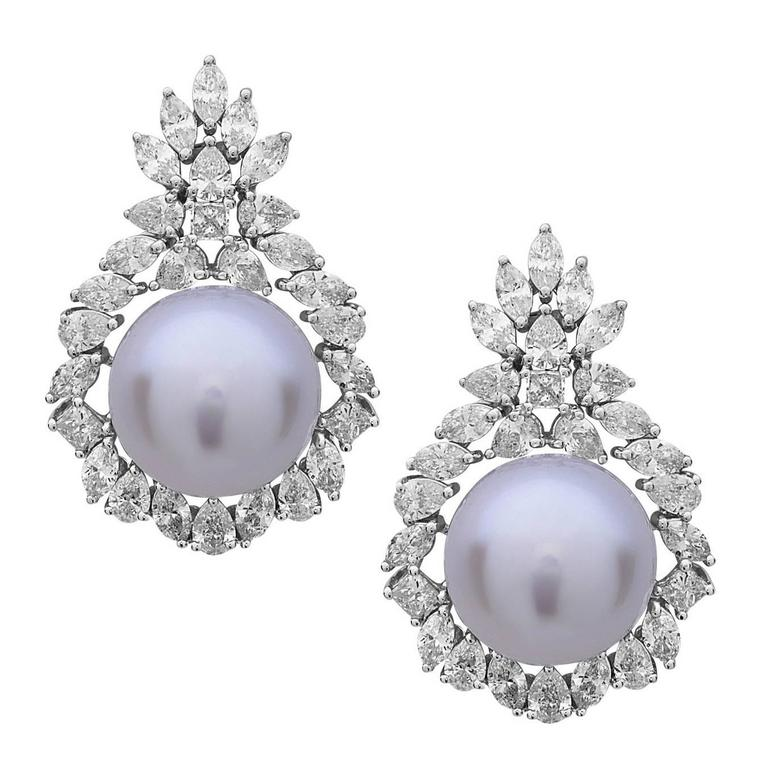 Gorgeous South Sea Pearl Diamond Gold Dangle Earrings