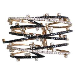 Dazzling Black and White Diamond Gold Bangle Bracelet