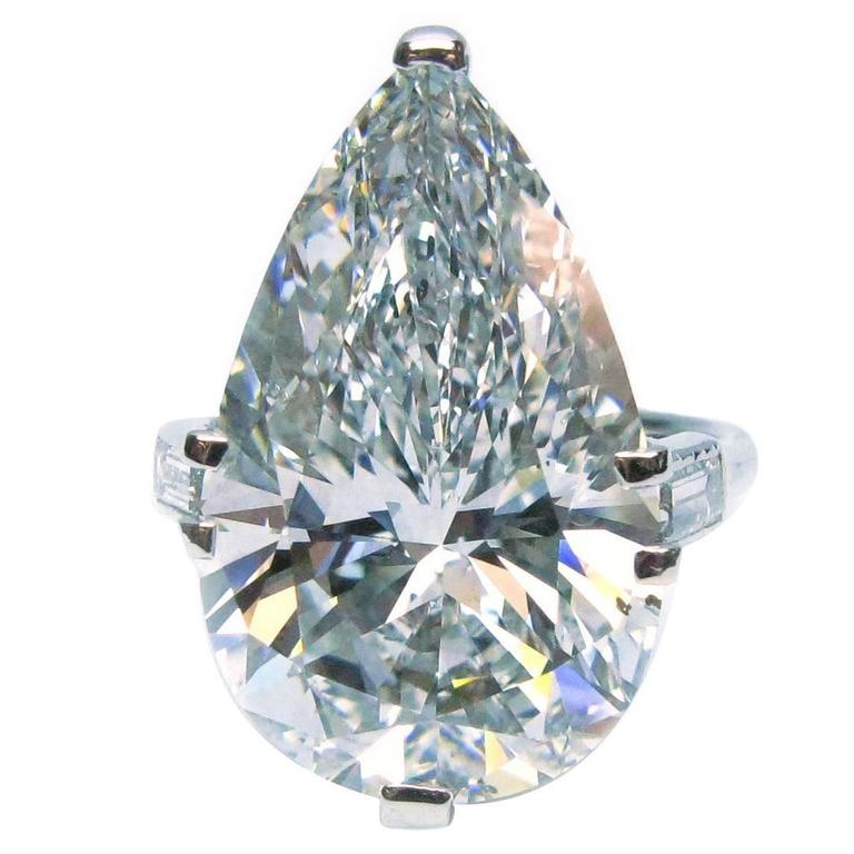Cartier GIA Cert 10.02 Carat Pear shaped Diamond platinum Ring For Sale