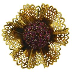 1950s Van Cleef & Arpels Ruby Gold Flower Brooch Pin
