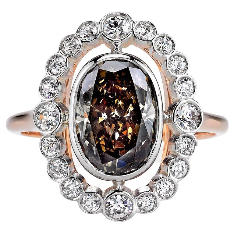 Beautiful 2.41 Carat Brown Oval Cut Diamond gold platinum Engagement Ring For Sale