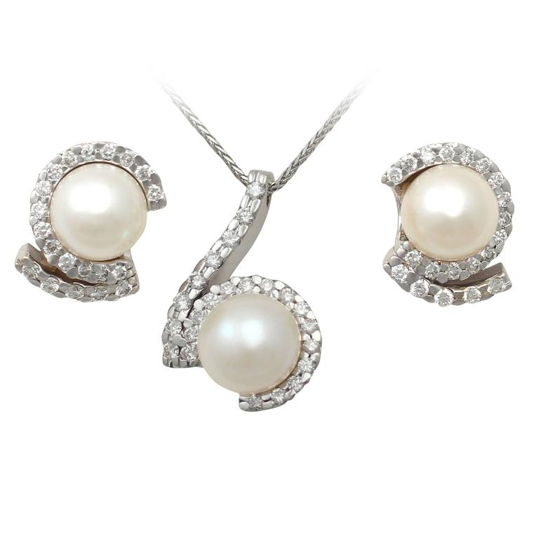 1.27Ct Diamond & Pearl, 18k White Gold Earring & Necklace Set - Vintage