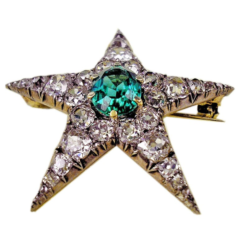 1900s PENDANT & BROOCH SHAPED AS STAR GOLD DIAMONDS 4 CARATS INDIGOLITE AUSTRIA  For Sale
