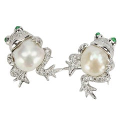 Beautiful Pair South Sea Pearl Diamond Gold Frog Brooch Pins Estate Fine Jewelry