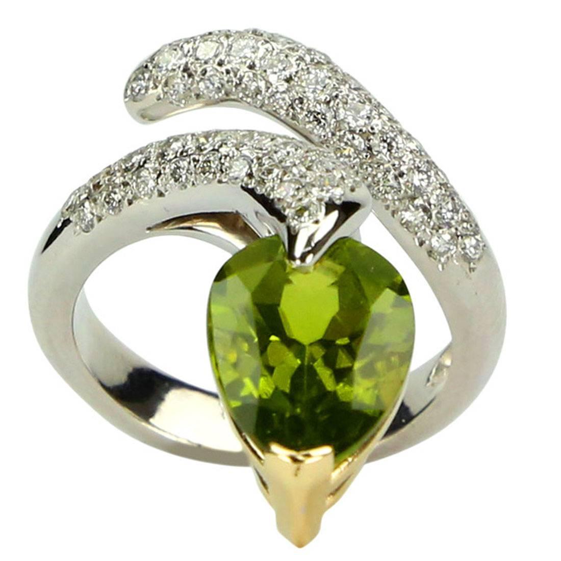 4.69 Carat Peridot and Diamond Gold Serpent Snake Ring Estate Fine Jewelry
