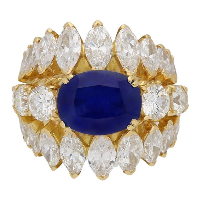 1960s Natural unenhanced Burmese sapphire diamond gold ring For Sale