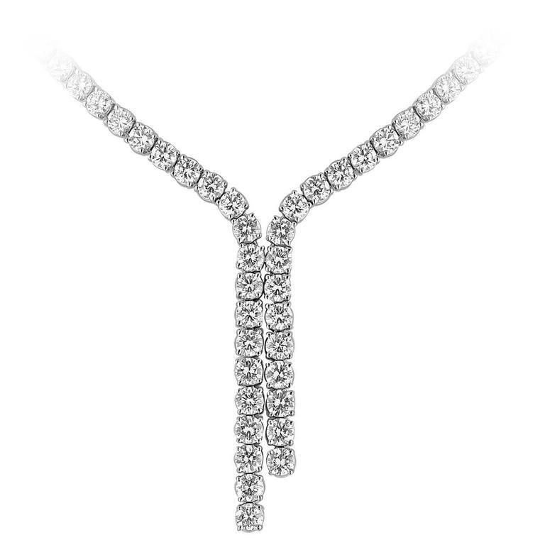 28.00 Carat Diamond Gold Tennis Necklace with Gradual Split