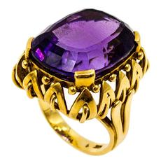 Regal Amethyst Gold Ring