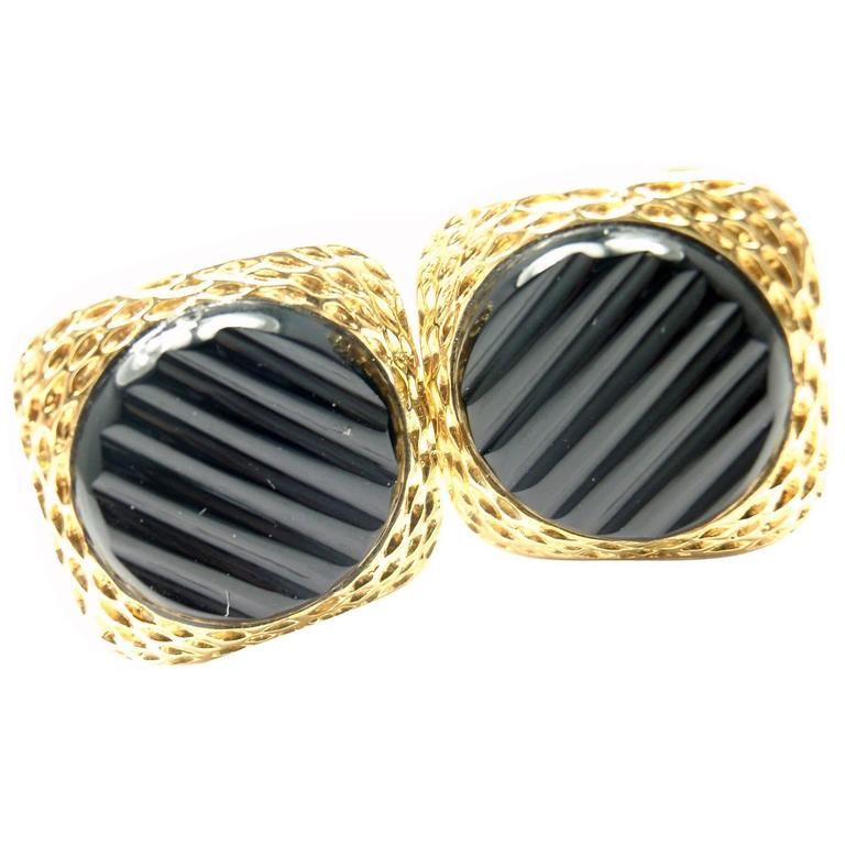 Van Cleef & Arpels Agate Gold Cufflinks