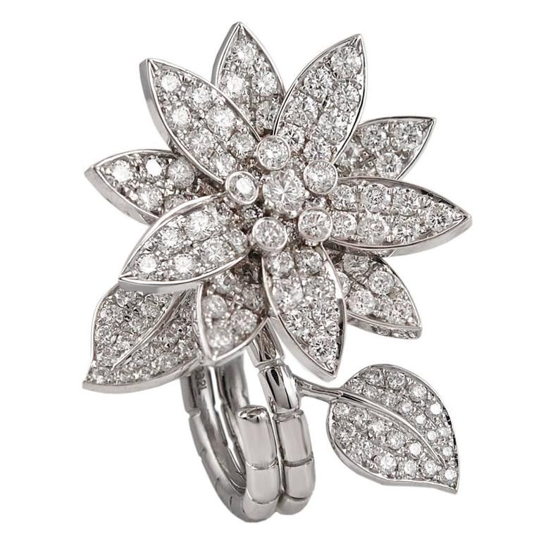 Van Cleef and Arpels Diamond 'Lotus' Between the Finger Ring