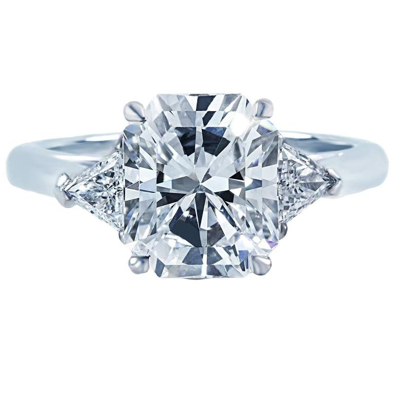 Tiffany and Co 2 73 Carat Radiant Cut Diamond Gold 3 Stone Engagement Ring a